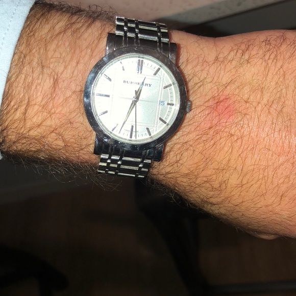 Burberry Other - Men's Burberry silver watch